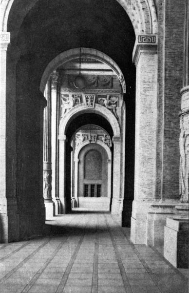 Machinery Hall - The Colonnade in the Portal